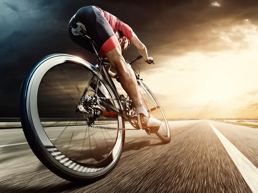 職業隊的自行車手是怎麼騎車的?