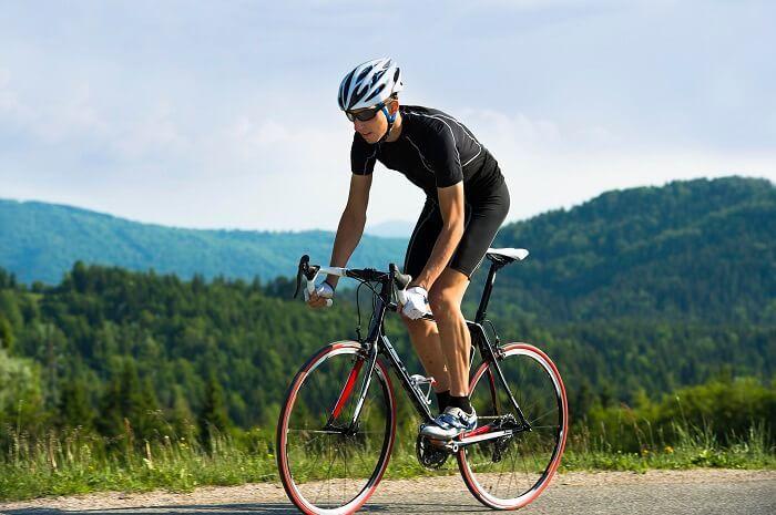 好的騎乘姿勢可以提升踩踏效益
