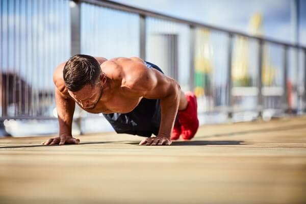 測量上肢最大肌力與爆發力的新方法